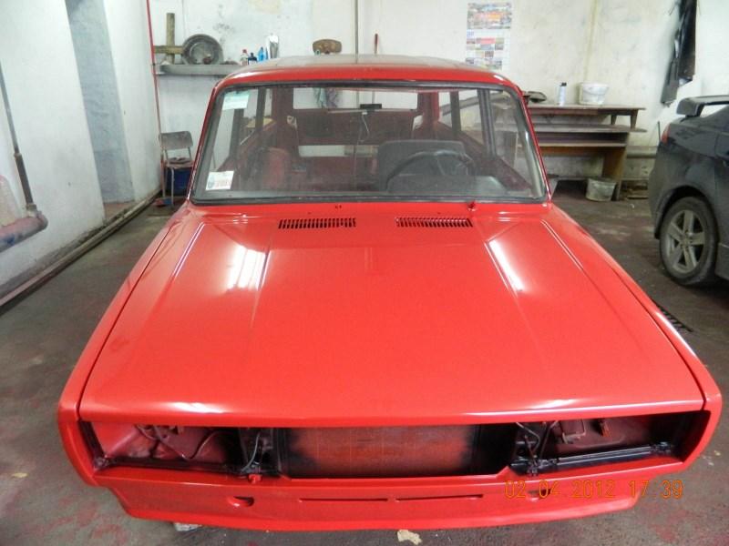 Свежеокрашенный кузов ВАЗ 2104