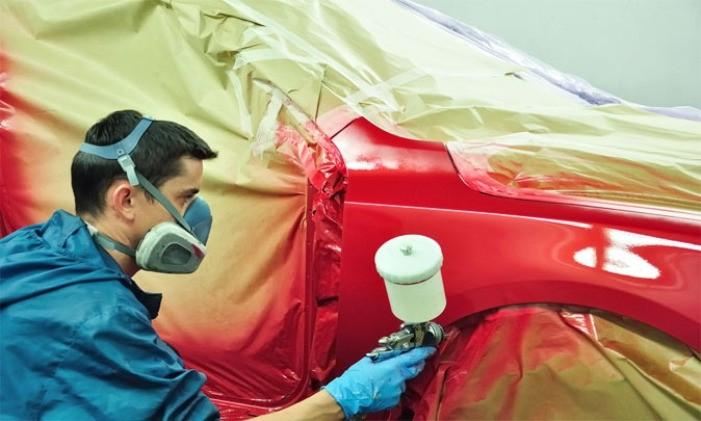 Распыление краски на авто