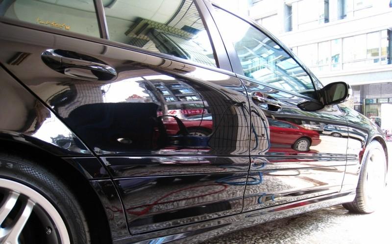 Кузов авто, обработанного жидким стеклом