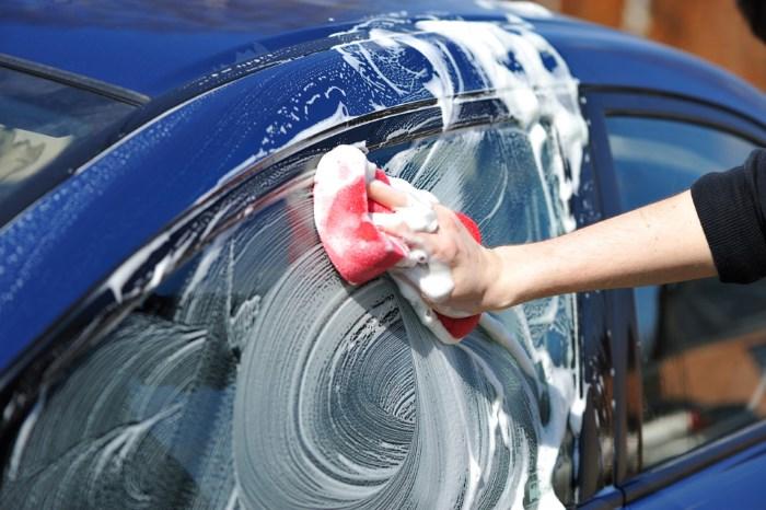 Мытье авто шампунем