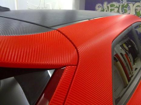 Пленка для авто красная (под карбон)