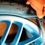 Резиносодержащая краска для автомобильных дисков: особенности и преимущества