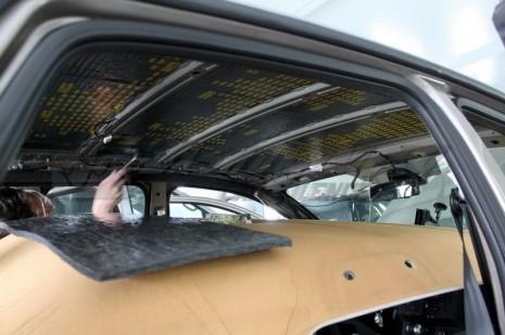 Шумоизоляция потолка в салоне авто