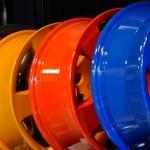 Что лучше применять для покраски дисков колес и как наносить на них автоэмаль?