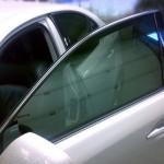 Важные моменты в правильной наклейке тонировочной пленки на стекла машины