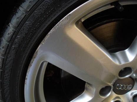 Царапины на колесном диске