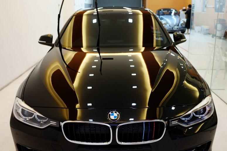 Автомобиль после обработки жидким стеклом