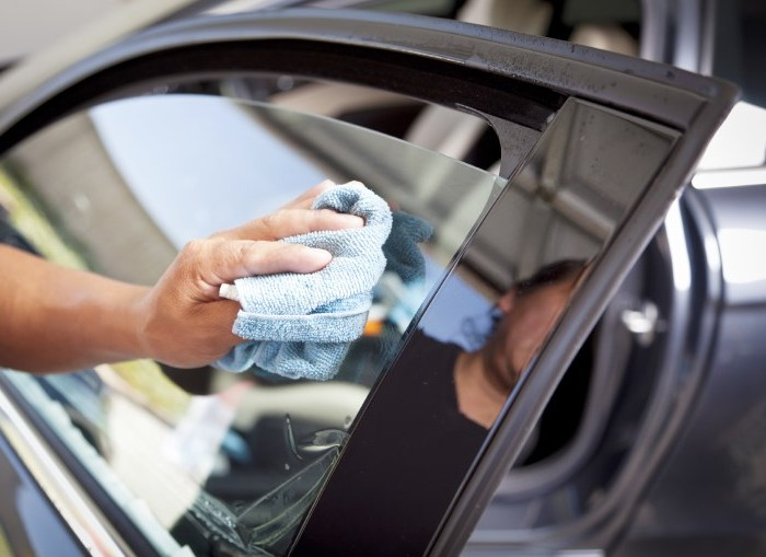 Тонирование передних стекол авто