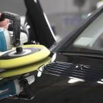О том, как полировать акрил на кузове автомобиля после покраски