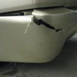 Новый бампер без лишних затрат: ремонтируем деталь стекловолокном