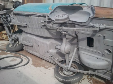 Днище автомобиля после пескоструйной обработки
