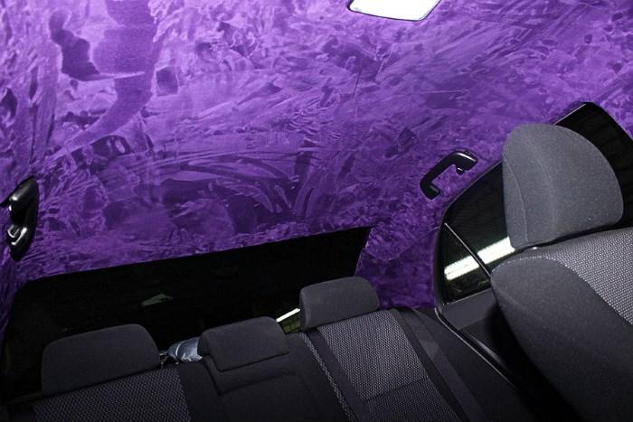 Потолок в машине из алькантары