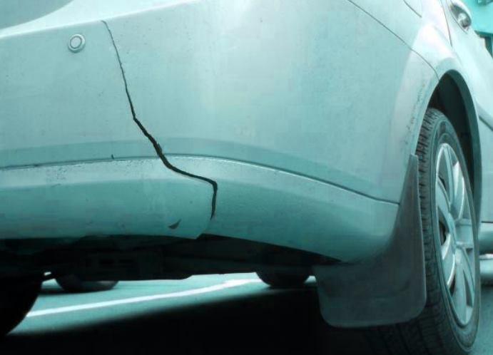 Трещины кузова автомобиля